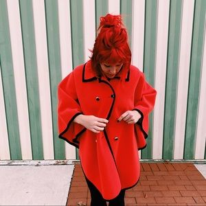 Amazing VINTAGE Rare Bright Orange/Red Wool Cape💥
